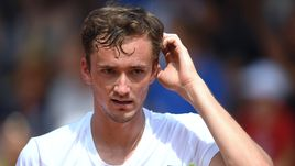 Сегодня. Париж. Даниил МЕДВЕДЕВ не сумел доиграть матч первого тура Roland Garros.