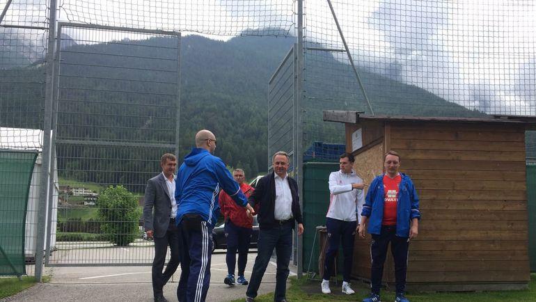 Виталий Мутко посетил тренировку сборной России в Австрии. Фото Дмитрий ЗЕЛЕНОВ., «СЭ»
