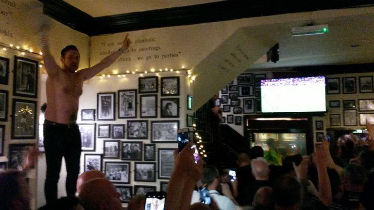 """Паб, где любил выпивать Джордж Бест. Фото """"Манчестер Юнайтед"""" и личный архив Игоря РАБИНЕРА"""