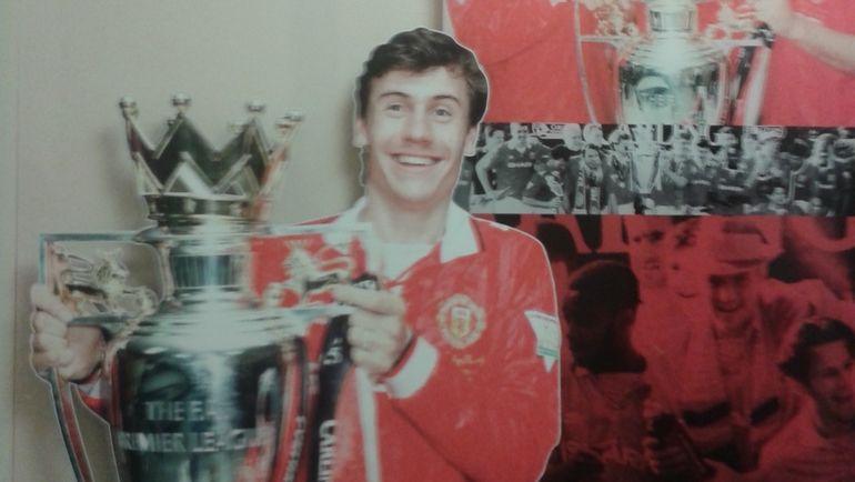 """Плакат с Андреем Канчельскисом. Фото """"Манчестер Юнайтед"""" и личный архив Игоря РАБИНЕРА"""
