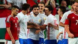 Понедельник. Будапешт. Венгрия – Россия – 0:3. Георгий ДЖИКИЯ (в центре) сверхудачно дебютировал в сборной.