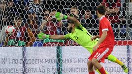 Пятница. Москва. Россия - Чили - 1:1. 67-я минута. Ответный гол Виктора Васина (за кадром).