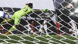 Пятница. Москва. Россия - Чили - 1:1. 67-я минута. Защитник Виктор ВАСИН сравнивает счет, забивая уже второй гол в шестом матче за сборную.