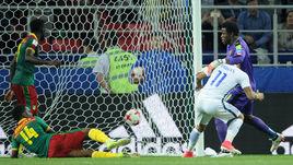 Воскресенье. Москва. Тушино. Камерун - Чили - 0:2. 90+1-я минута. Гол Эдуардо ВАРГАСА (№ 11).