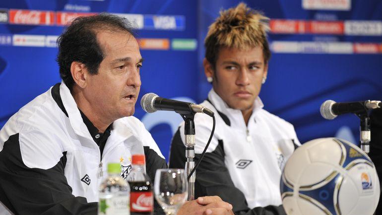 Муриси РАМАЛЬЮ (слева) и НЕЙМАР в 2011 году. Фото AFP
