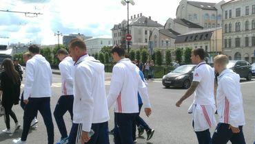 Игроки сборной России прогулялись по Казани. Фото Артур ЕНИКЕЕВ., «СЭ»