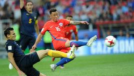 Сегодня. Москва. Чили – Австралия – 1:1. 67-я минута. Мартин РОДРИГЕС сравнивает счет.