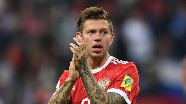 В субботу после поражения от Мексики Федор СМОЛОВ плакал. Фото AFP