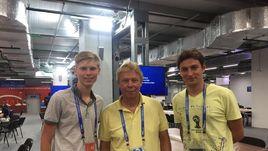 """Корреспонденты """"СЭ"""" Ярослав СУСОВ (слева) и Филипп ПАПЕНКОВ (справа) и Оливер ХАРТМАНН."""