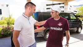 Суббота. Филлах. Марко ПЕТКОВИЧ (слева) и главный тренер красно-белых Массимо КАРРЕРА.