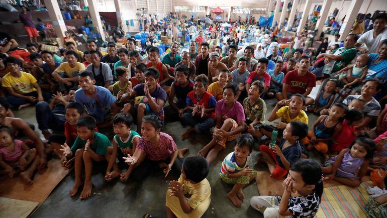 Как на Филиппинах болели за Мэнни Пакиао. Фото REUTERS