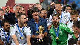 Воскресенье. Санкт-Петербург. Чили - Германия - 0:1. Кубок конфедераций - в руках Йоахима ЛЕВА и его молодой команды.