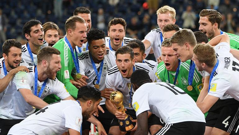 Воскресенье. Санкт-Петербург. Чили - Германия - 0:1. Немцы празднуют победу в Кубке конфедераций. Фото Александр ФЕДОРОВ, «СЭ»