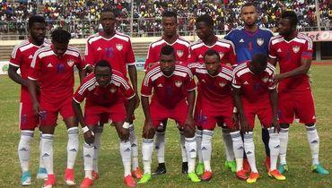 Сильванус НИМЕЛИ (№10) в сборной Либерии. Фото Liberia Sports Online