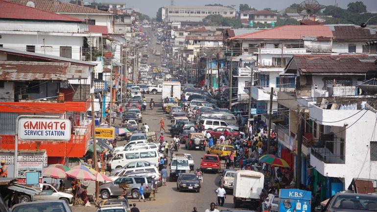 Центр столицы Либерии Монровии. Фото hearttoheart.org