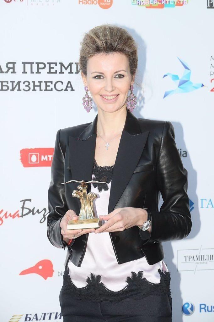 ГРАН-ПРИ Премии - Ольга ПАСКИНА, генеральный директор Национальной Медиа Группы.