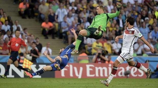 13 июля 2014 года. Рио-де-Жанейро. Германия - Аргентина - 1:0 д.в. Мануэль НОЙЕР в игре. Фото AFP