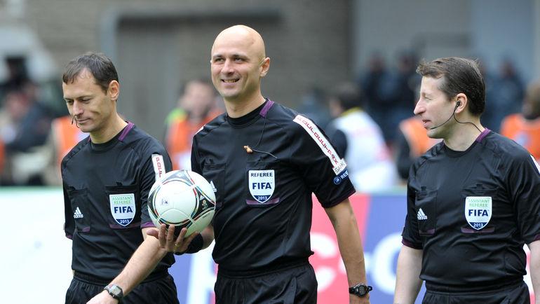 Сергей КАРАСЕВ (в центре). Фото Татьяна ДОРОГУТИНА