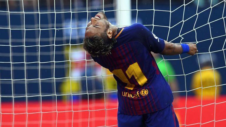 """Суббота. Ист Рузерфорд. """"Ювентус"""" - """"Барселона"""" - 1:2. НЕЙМАР оформил дубль и принес победу каталонцам, но останется ли он в клубе? Фото AFP"""