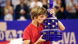 Сегодня. Умаг. Андрей РУБЛЕВ завоевал первый титул на взрослом уровне в карьере.