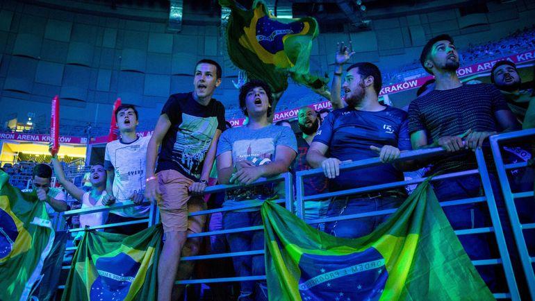 Бразильские болельщики. Фото HLTV