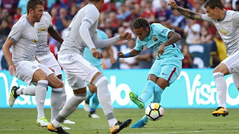"Вчера. Лэндовер. ""Барселона"" - ""Манчестер Юнайтед"" - 1:0. В атаке НЕЙМАР. Фото AFP"