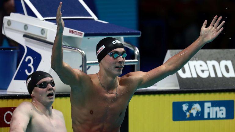 Сегодня. Будапешт. Антон ЧУПКОВ празднует победу на 200 м брассом. Фото AFP