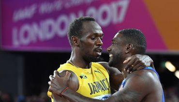 Суббота. Лондон. Джастин ГЭТЛИН (справа) обошел Усэйна БОЛТА в последнем индивидуальном забеге в карьере ямайца.