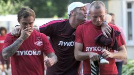 Сегодня. тарасовка. Массимо КАРРЕРА (в центре) с Денисом ГЛУШАКОВЫМ (справа) и Андреем ЕЩЕНКО.