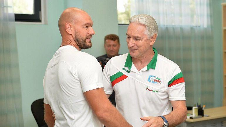 "Андрей МАРКОВ (слева). Фото ХК ""Ак Барс"""