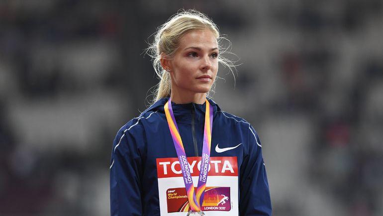 Вчера. Лондон. Дарья КЛИШИНА с серебряной медалью чемпионата мира. Фото REUTERS