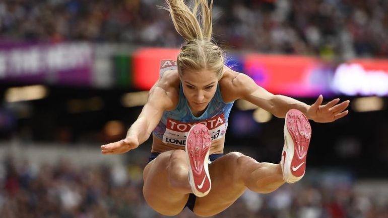 Вчера. Лондон. Серебро Дарье КЛИШИНОЙ принес прыжок на 7,00 м. Фото REUTERS
