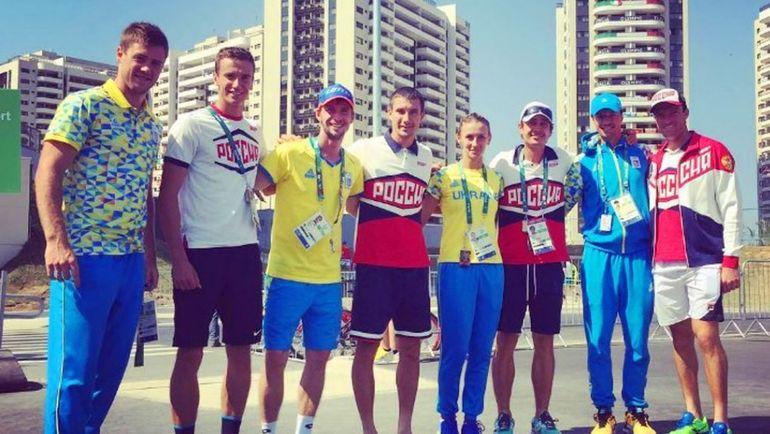 2016 год. Совместный снимок олимпийских сборных России и Украины по теннису на Олимпиаде в Бразилии.