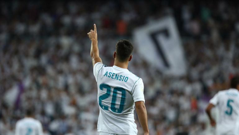 """Сегодня. Мадрид. """"Реал"""" - """"Барселона"""" - 2:0. Марко АСЕНСИО: второй эффектный гол за четыре дня. Фото REUTERS"""