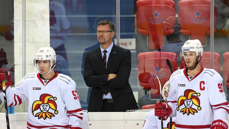 Петер РЕГИН (справа). Фото Владимир БЕЗЗУБОВ, photo.khl.ru