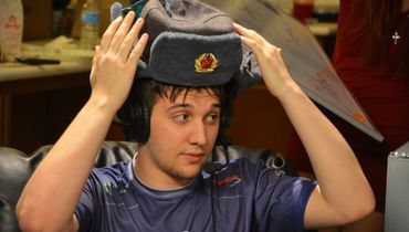 "Артур ""Arteezy"" Бабаев."