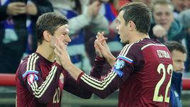 Федор СМОЛОВ (слева) и Артем ДЗЮБА.