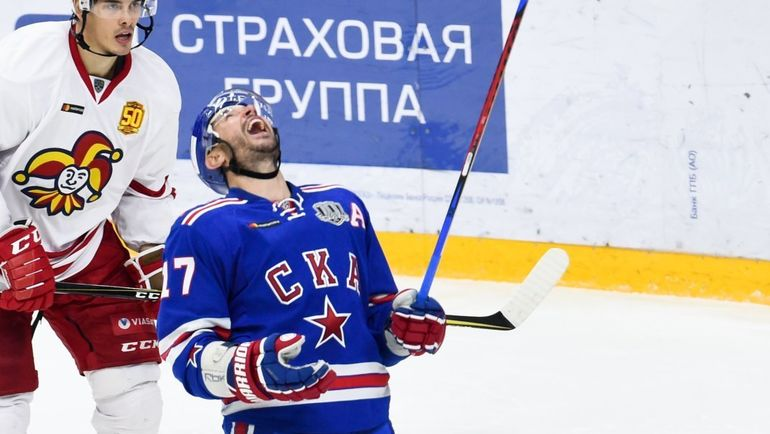 """Пятница. Санкт-Петербург. СКА - """"Йокерит"""" - 2:0. Илья КОВАЛЬЧУК (справа) празднует гол. Фото ХК СКА"""