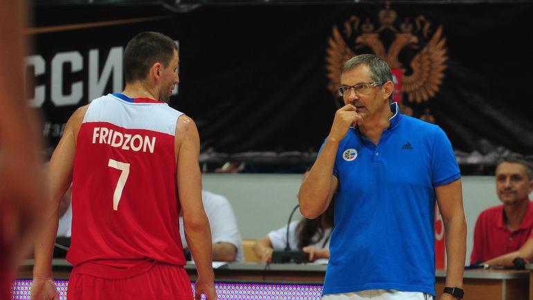 Сергей БАЗАРЕВИЧ (справа) и Виталий ФРИДЗОН. Фото Никита УСПЕНСКИЙ