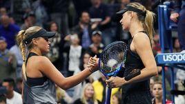Пятница. Нью-Йорк. Мария ШАРАПОВА (справа) победила Софию КЕНИН.