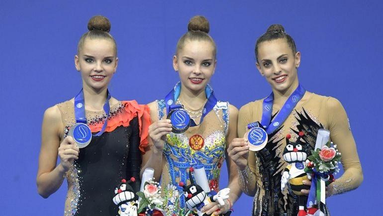 Вчера. Пезаро. Дина (слева) и Арина АВЕРИНЫ (с Линой АШРАМ) продолжают собирать золото чемпионата мира.