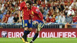 Вчера. Мадрид. Испания - Италия - 3:0. 14-я минута. ИСКО (№22) открывает счет.