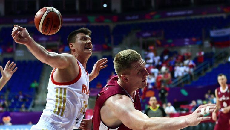 Сегодня. Стамбул. Россия - Латвия - 69:84. Россияне потерпели первое поражение на турнире и упустили лидерство в группе D. Фото AFP