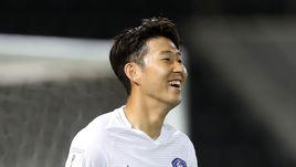 СОН ХЫН МИН – лидер сборной Кореи.