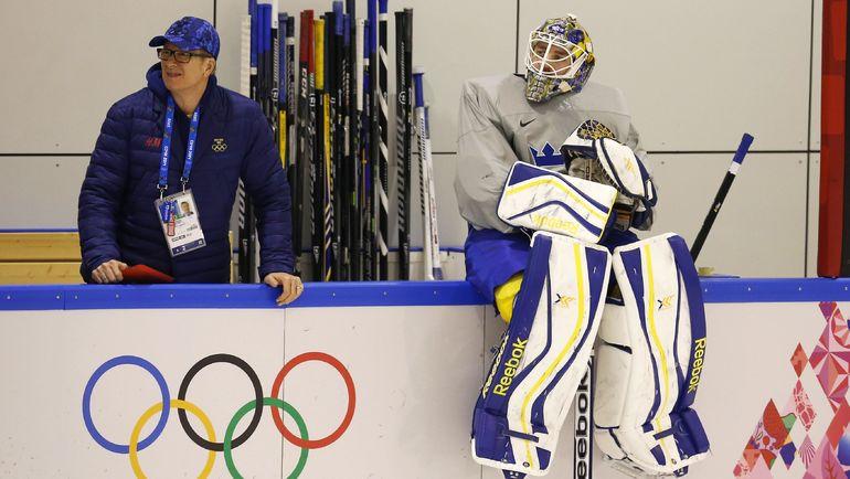 2014 год. Юнас ЭНРОТ (справа) на Олимпиаде в Сочи. Фото REUTERS