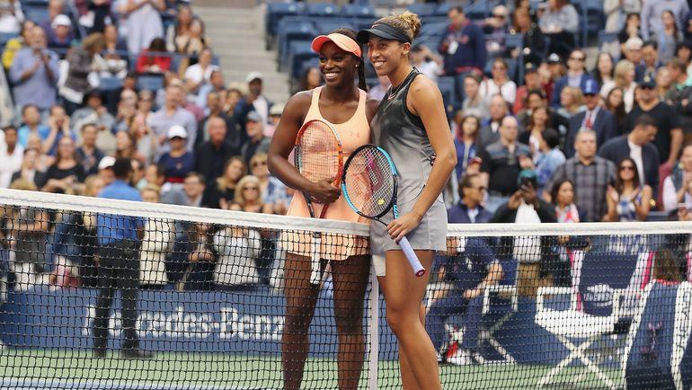 Суббота. Нью-Йорк. Слоун СТИВЕНС (слева) и Мэдисон КИС перед началом финала US Open. Фото AFP