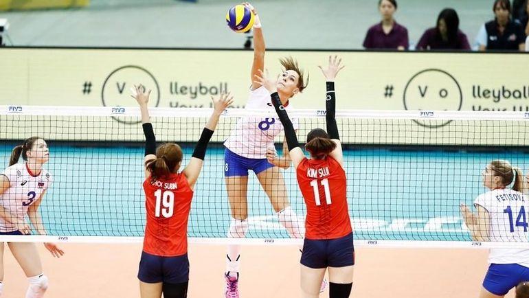 Сегодня. Нагоя. Россия - Корея - 3:0. Россиянки смогли одержать победу в заключительном для себя матче на турнире. Фото Официальный Твиттер FIBV