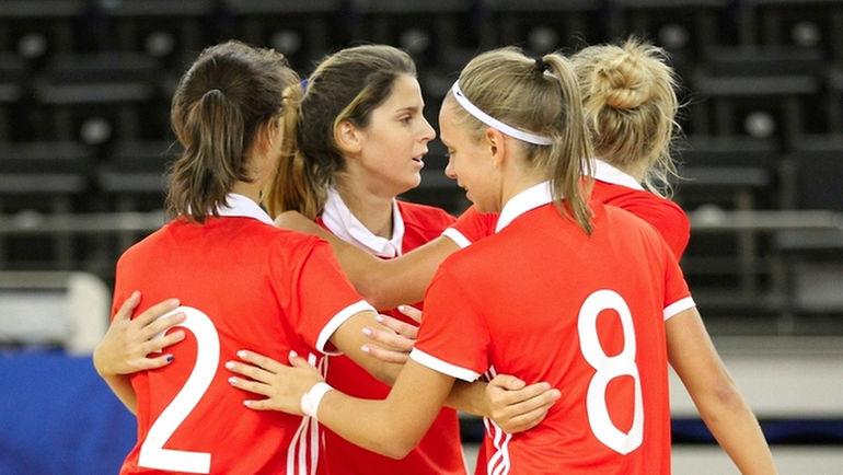 Россиянки в двух товарищеских матчах разгромили сборную Словакии с общим счетом 13:1.