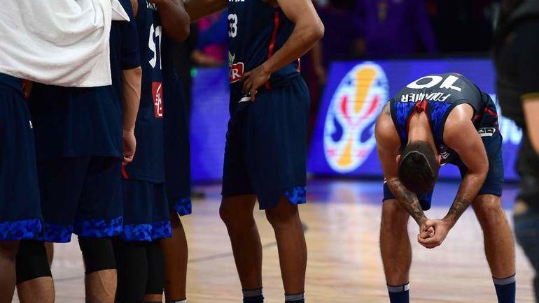 Вылет сборной Франции - главная сенсация 1/8 финала Евробаскета. Фото AFP