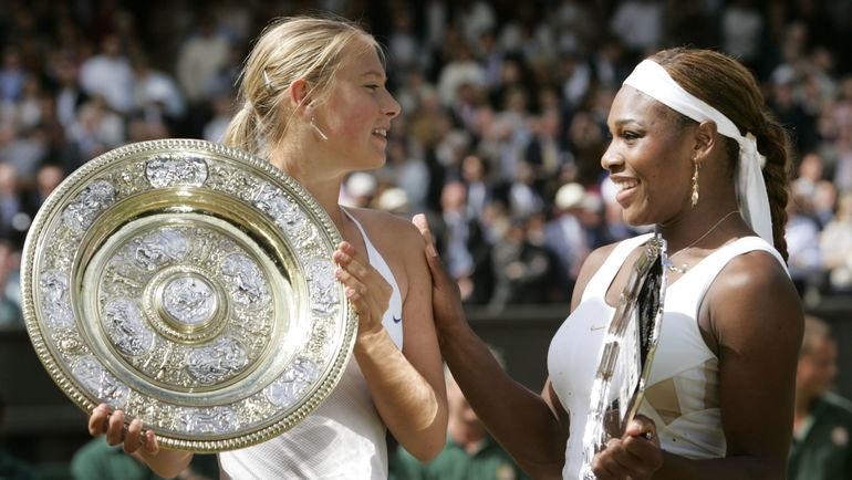 3 июля 2004 года. Лондон. Мария ШАРАПОВА и Серена УИЛЬЯМС. Фото REUTERS